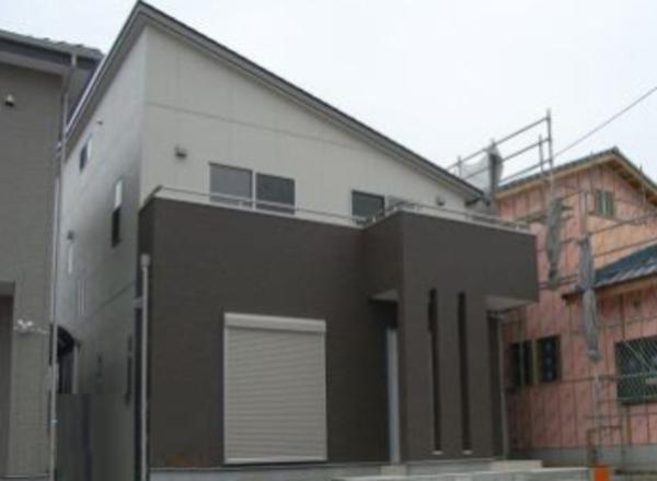 豊橋市向山「家族団らんインナーバルコニーの家」のサムネイル