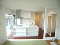 豊橋市東脇町「シアタールームのある家」のサムネイル